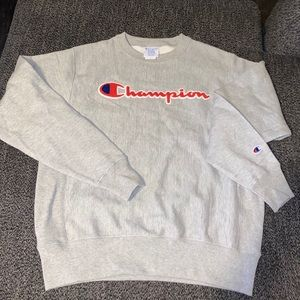Champion Grey crewneck sweater size medium men